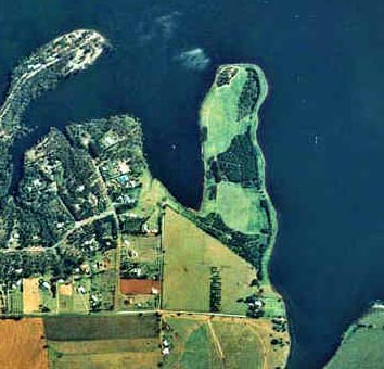 Aerial Photo of Pelican Point 1997